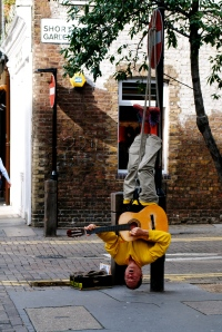 Street Performer in Seven Dials